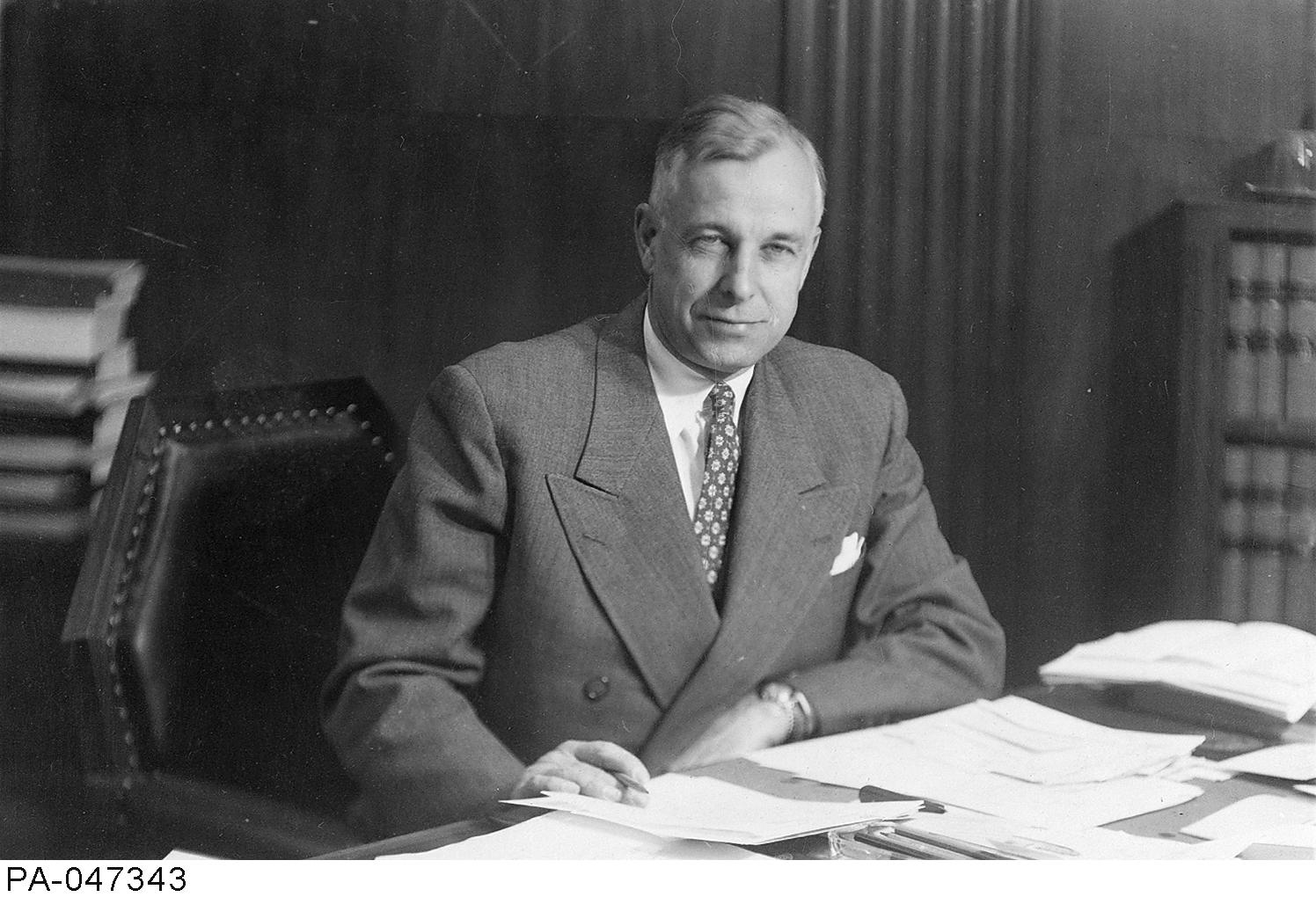 R.L. Kellock ~ Canada's Human Rights History